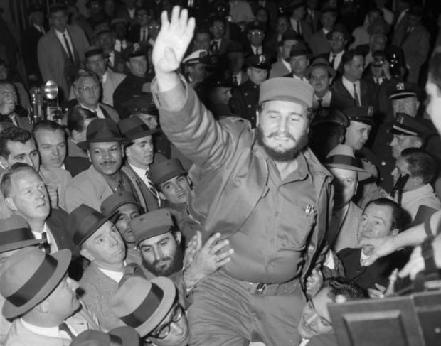 fidel-castro-greets-crowds-new-york-city-1959.jpg